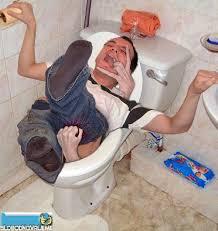 Funny Bathroom Pics Funny Bathroom Man