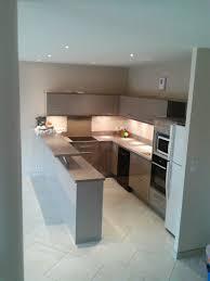 cuisine beige et wonderful salle de bains modernes 6 cuisine moderne beige et