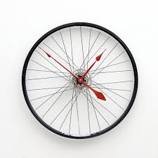 clock made from a recycled bike wheel 1 design per day