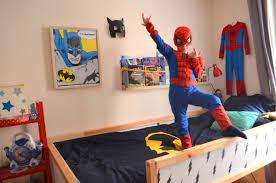 deco chambre garcon heros une chambre de héros soupe au lait
