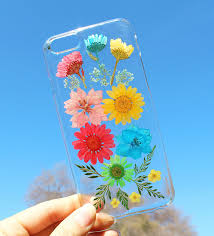 Real Flowers - 14 real flower phone cases to welcome spring