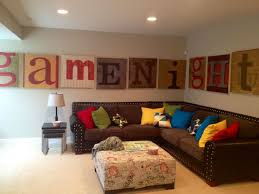Attractive Family Room Wall Decor Ideas Simple Modern  Story - Wall decorating ideas for family room