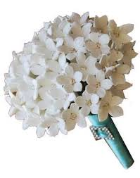 white bouquet what white flowers for my diy bridesmaids bouquets bouts