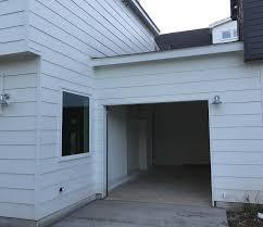 Installing Overhead Garage Door Chi Overhead Garage Door Installation Before Picture ガレージ