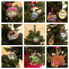 how to use your race medals as tree ornaments
