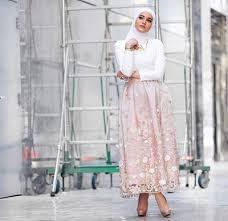 rok panjang muslim ini lho atasan yang cocok dengan rok panjang