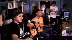 carl restivo tom morello and carl restivo sing save the hammer for the man for