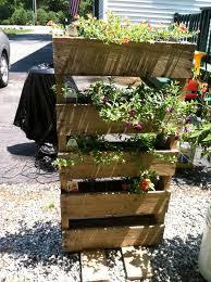 Diy Vertical Pallet Garden - diy rustic pallet vertical planter 101 pallets