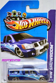 nissan hotwheels wheels 2013 hw showroom nissan titan 0001184 4 60