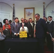 file president lyndon johnson receives the 20th white house