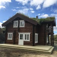 log house manufacturing and construction custom log homes