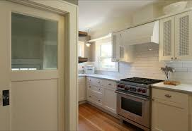 fabriquer un meuble de cuisine cuisine fabriquer meuble cuisine avec blanc couleur fabriquer