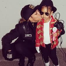 Beyonce Halloween Costumes Beyonce U0027s Family Halloween Costumes Popsugar Celebrity