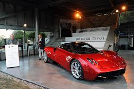 pagani huayra red pagani huayra north american debut photo gallery autoblog