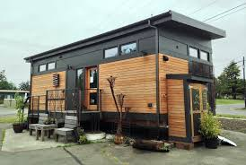 what does 500 sq feet look like 500 sq ft tiny house with wheels tedx designs the most