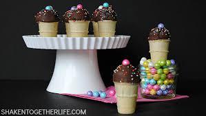 mini ice cream cone cake pops