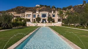 buy home los angeles experts discuss luxury real estate trends in los angeles robb report