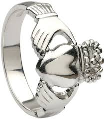 mens claddagh ring sterling silver heavy claddagh ring