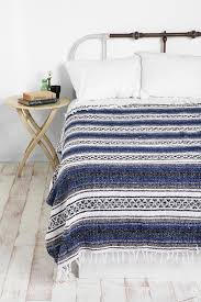 Mexican Inspired Home Decor Mexican Blanket Comforter Interior Paint Colors Decorating Bedroom