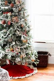 how to faux flock a fresh christmas tree with laundry detergent
