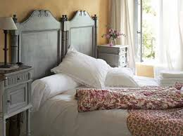 Shabby Chic Twin Headboard by Put Two Twin Headboards Together To Make A King Headboard I U0027ve