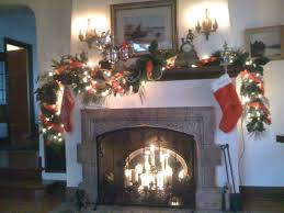 Images Of Mantels Decorated For Christmas 40 Christmas Fireplace Mantel Decoration Ideas