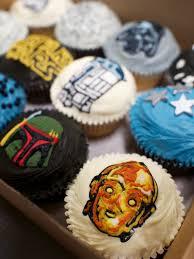 wars cupcakes wars cupcakes crumbs doilies