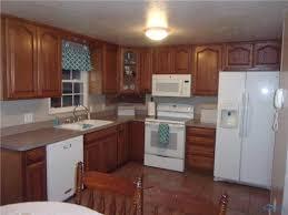Kitchen Cabinets Toledo Ohio 5487 Brook Point Rd Toledo Oh 43611 Mls 6001972 Movoto Com