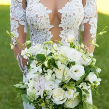 wedding flowers hamilton real wedding an intimate destination wedding on hamilton island