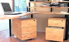 plan de bureau en bois caisson de bureau en bois plan de travail bureau beau et grand r