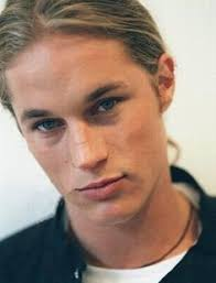 travis fimmel dye hair bo develius younger looking men pinterest male face and