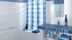 brique de verre cuisine mur en brique de verre 13 beau mur de verre salle de bain idées