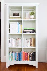 Pinterest Bookshelf by Bookshelf Makeover Design Organization And Styling By Shira