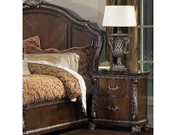 Pulaski Edwardian Nightstand Furniture In Brooklyn At Gogofurniture Com