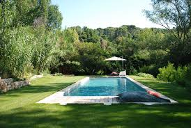 cuisine chambre d hote aix en provence avec piscine le moulin