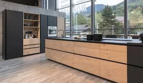 cuisine noir mat et bois étourdissant cuisine bois et noir avec cuisine noir mat et bois