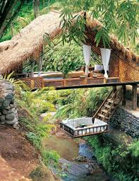 10 of the wildest tree house locations