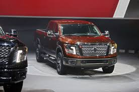 nissan titan v8 mpg the new nissan titan xd is getting 17 7 mpg according to motor