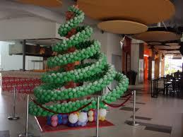 balloon christmas tree google search christmas decorating
