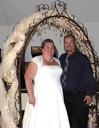 wedding arch las vegas harmony changes wedding ceremony to reduce stress
