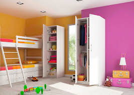 armoire chambre bébé armoire enfant sur mesure enfin une chambre bien rangée