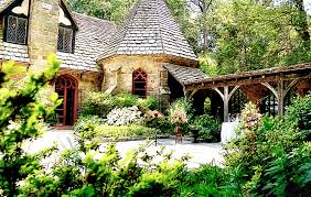 Waterfront Wedding Venues In Md The Lovely Medieval Courtyard Of The Tudor Mansion Wedding Venue