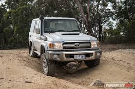 land cruiser toyota 2017 2017 toyota landcruiser 70 series gxl wagon review video
