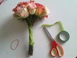 Bouquet For Wedding How To Diy Bridal Bouquet Budget Brides Guide A Wedding Blog