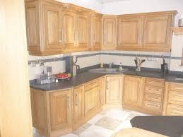 peindre cuisine chene rénover une cuisine en chêne