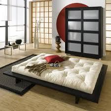 chambre japonais lit bas style japonais futon écologique literie