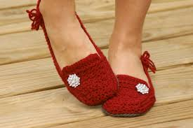 house slipper crochet pattern for cute as a button ballet flat crochet pattern womens house slipper lovely lady loafers six sizes included women s 5
