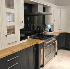 picking the right extractor fan kitchens glasgow