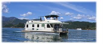 about pontoon houseboats