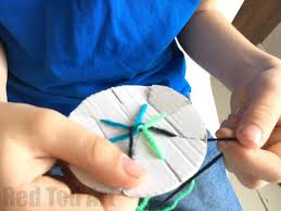 string bracelet easy images Easy friendship bracelets with cardboard loom red ted art 39 s blog jpg